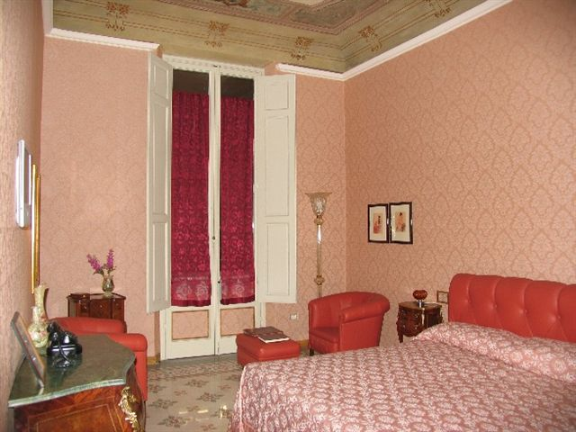 Cavour10 First Class B&B FIRENZE